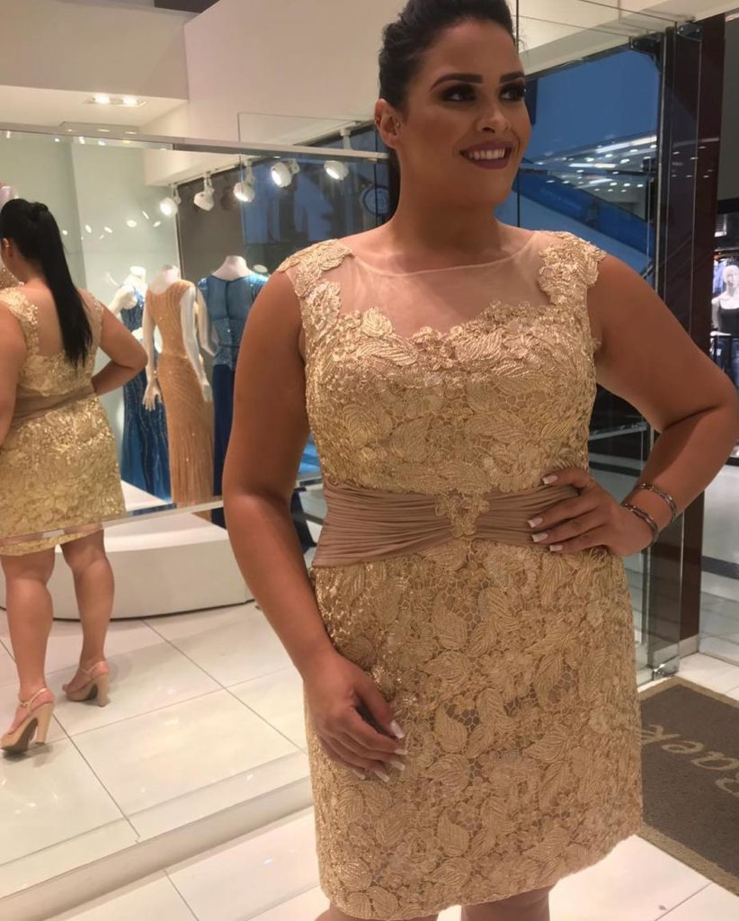 vestidos-renda-plus-size